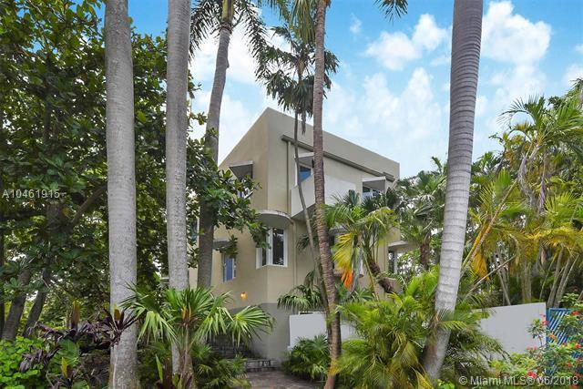 3695 Stewart Avenue, Coconut Grove, FL 33133 (MLS #A10461915) :: Calibre International Realty