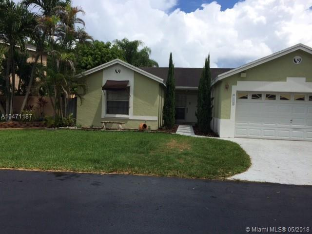 14526 SW 93rd Ter, Miami, FL 33186 (MLS #A10471187) :: Green Realty Properties