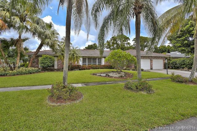 6767 N Grande Dr, Boca Raton, FL 33433 (MLS #A10495344) :: Green Realty Properties