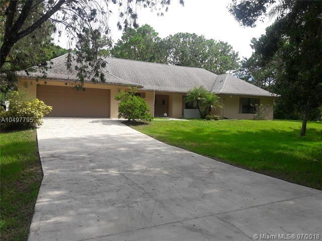 16060 E Goldcup Dr, Loxahatchee, FL 33470 (MLS #A10497795) :: Green Realty Properties