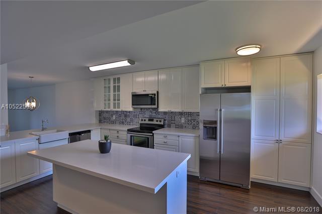 15074 Whitney #104, Delray Beach, FL 33484 (MLS #A10522580) :: Stanley Rosen Group
