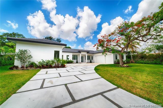 35202 SW 219 AVE, Homestead, FL 33034 (MLS #A10530604) :: Green Realty Properties
