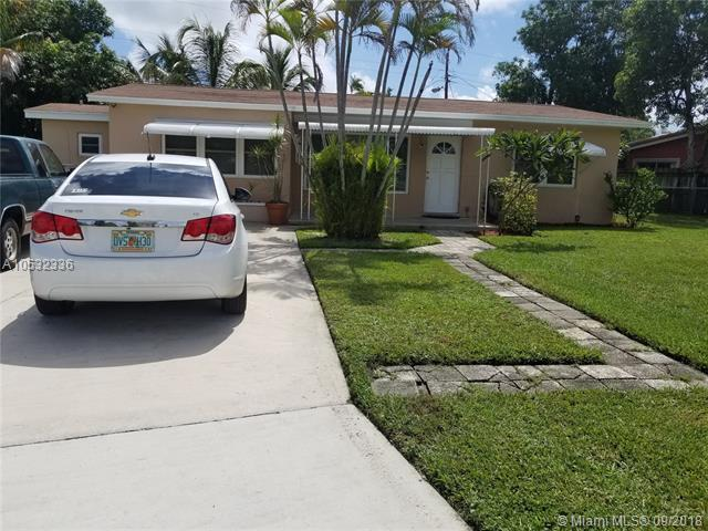 2650 NE 8th Ave, Pompano Beach, FL 33064 (MLS #A10532336) :: Green Realty Properties