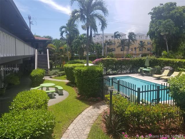 600 NE 7th Avenue #7, Fort Lauderdale, FL 33304 (MLS #A10537166) :: Green Realty Properties