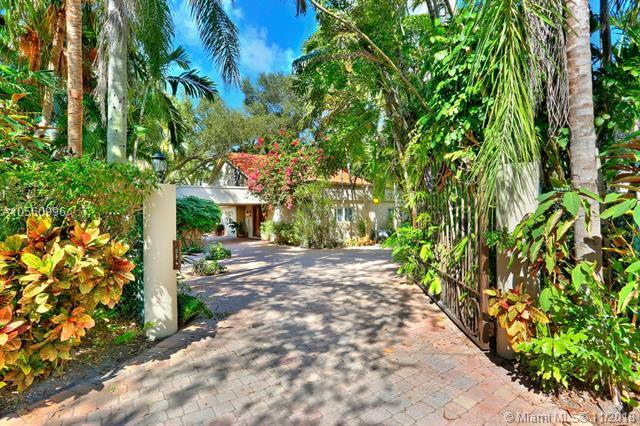 4325 Lennox Dr, Coconut Grove, FL 33133 (MLS #A10560996) :: The Riley Smith Group