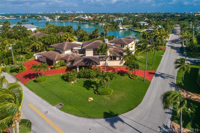 501 N Mashta Drive, Key Biscayne, FL 33149 (MLS #A10561666) :: Grove Properties