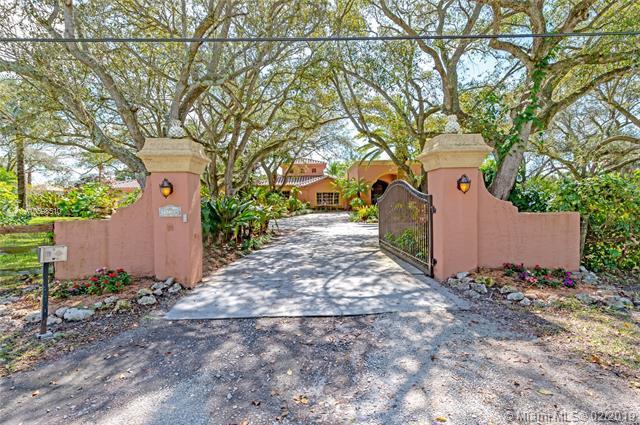 14300 Lake Ln, Southwest Ranches, FL 33330 (MLS #A10598510) :: Green Realty Properties