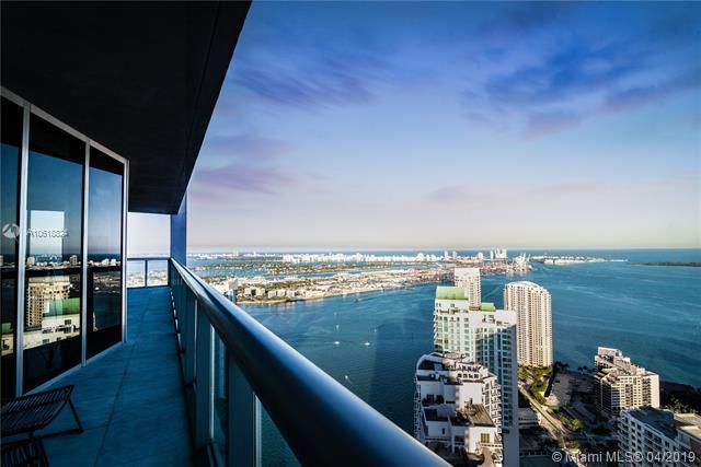 465 Brickell Avenue Lph5601, Miami, FL 33131 (MLS #A10618824) :: The Brickell Scoop
