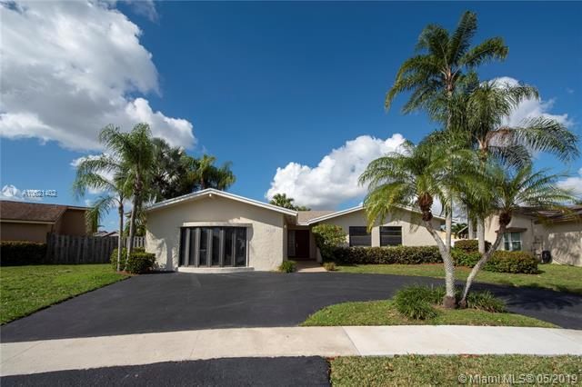 16715 SW 5th Way, Weston, FL 33326 (MLS #A10621402) :: The Teri Arbogast Team at Keller Williams Partners SW