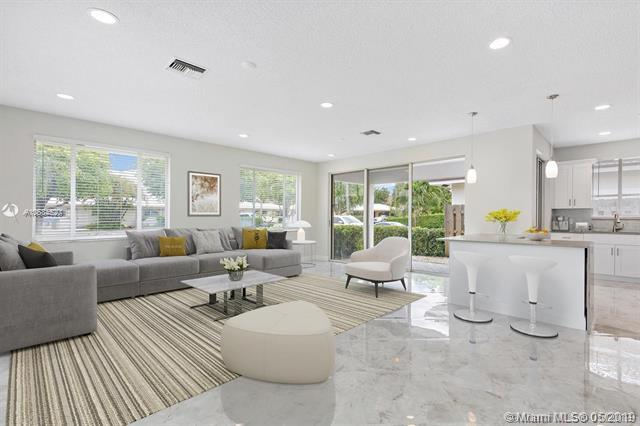 6105 NE 7th Ave, Boca Raton, FL 33487 (MLS #A10634520) :: RE/MAX Presidential Real Estate Group