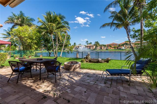 13040 SW 52nd St, Miramar, FL 33027 (MLS #A10646393) :: RE/MAX Presidential Real Estate Group