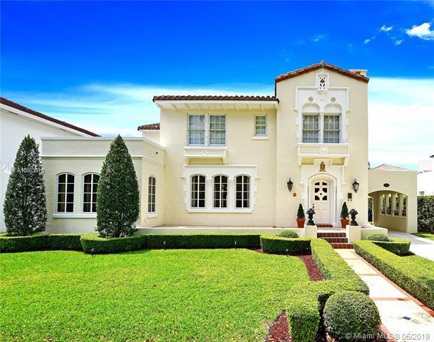 2622 Country Club Prado, Coral Gables, FL 33134 (MLS #A10663515) :: Green Realty Properties