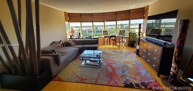 3051 NE 48 #406, Fort Lauderdale, FL 33308 (MLS #A10679909) :: Green Realty Properties
