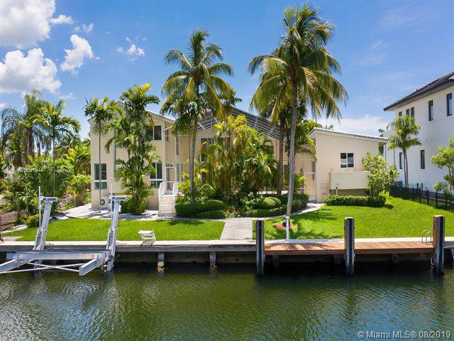 6860 Sunrise Ct, Coral Gables, FL 33133 (MLS #A10691944) :: The Maria Murdock Group