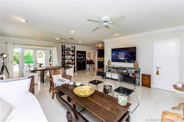 540 Gerona Ave, Coral Gables, FL 33146 (MLS #A10714702) :: The Rose Harris Group