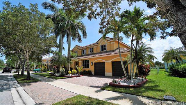 1176 Peregrine Way, Weston, FL 33327 (MLS #A10719711) :: The Paiz Group