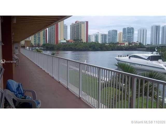 3922 NE 166th St S205, North Miami Beach, FL 33160 (MLS #A10746114) :: Albert Garcia Team