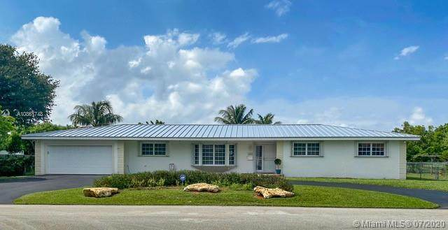 8021 SW 140th Ter, Palmetto Bay, FL 33158 (MLS #A10861748) :: Grove Properties