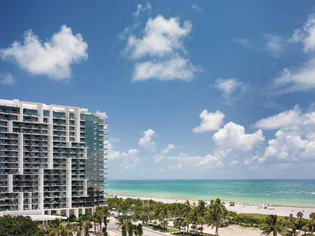 2201 Collins Av #329, Miami Beach, FL 33139 (MLS #A1750807) :: Green Realty Properties