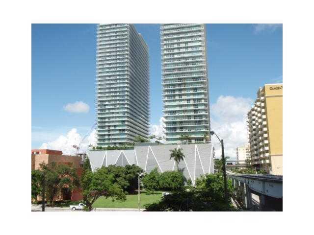 1050 Brickell Av #222, Miami, FL 33131 (MLS #A1768184) :: Green Realty Properties