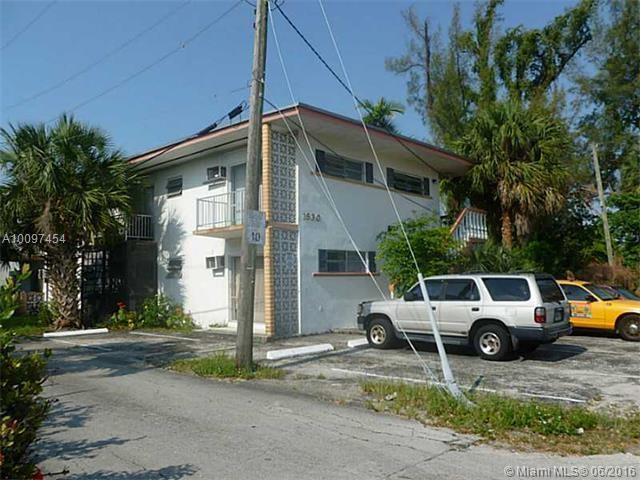North Miami, FL 33161 :: The Teri Arbogast Team at Keller Williams Partners SW