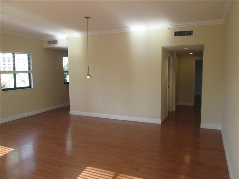 711 Biltmore Way #302, Coral Gables, FL 33134 (MLS #A10103446) :: United Realty Group