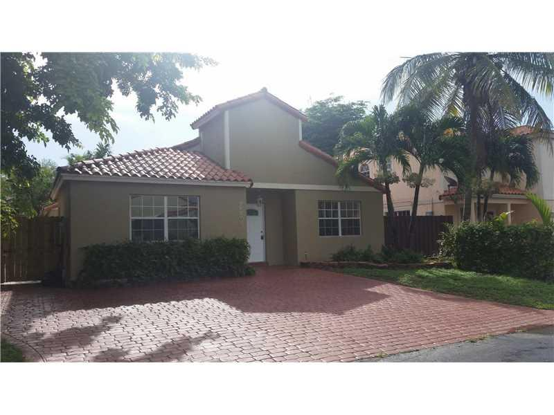 Miami, FL 33186 :: United Realty Group