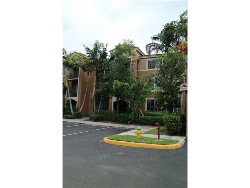 4852 N State Road 7 #3204, Coral Springs, FL 33073 (MLS #A10162733) :: United Realty Group