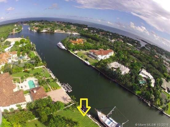 390 Casuarina Concourse, Coral Gables, FL 33143 (MLS #A10162996) :: Grove Properties