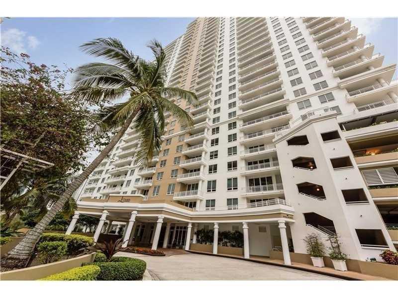 801 Brickell Key Blvd #503, Miami, FL 33131 (MLS #A10170616) :: United Realty Group