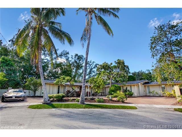 19860 NE 24th Ct, Miami, FL 33180 (MLS #A10217876) :: The Teri Arbogast Team at Keller Williams Partners SW