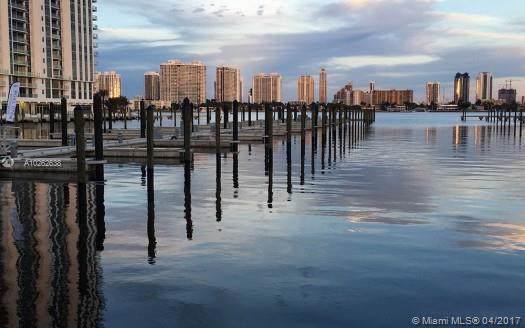 17301 Biscayne Blvd 1107N, North Miami Beach, FL 33160 (MLS #A10262638) :: Berkshire Hathaway HomeServices EWM Realty