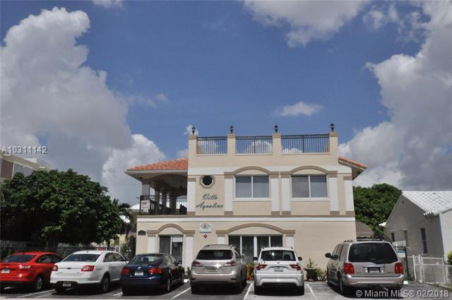 Lauderdale By The Sea, FL 33308 :: The Teri Arbogast Team at Keller Williams Partners SW