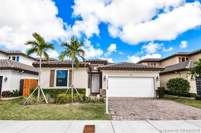 11867 SW 151st Pl, Miami, FL 33196 (MLS #A10408653) :: Green Realty Properties