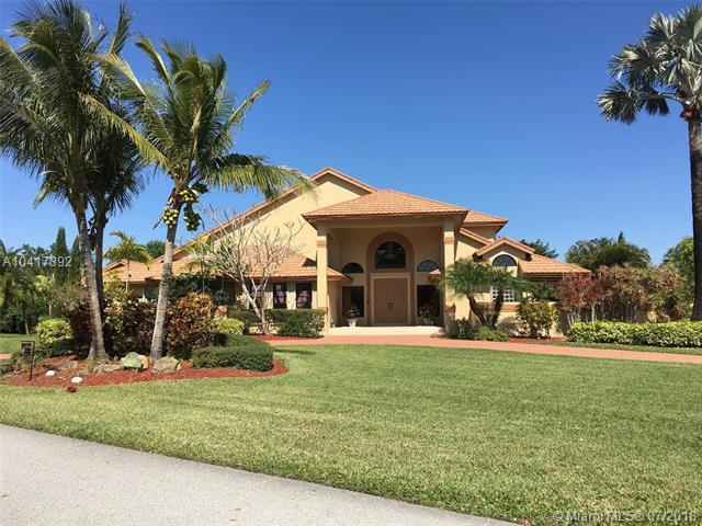 11871 Acorn Dr, Davie, FL 33330 (MLS #A10417392) :: Green Realty Properties