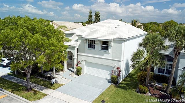 15831 NW 15th Ct, Pembroke Pines, FL 33028 (MLS #A10455226) :: Green Realty Properties