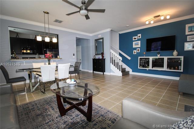 11838 SW 26th St, Miramar, FL 33025 (MLS #A10537589) :: Green Realty Properties