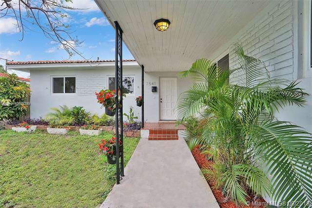 7541 Bounty Ave, North Bay Village, FL 33141 (MLS #A10675399) :: Ray De Leon with One Sotheby's International Realty