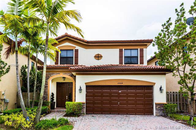 10064 NW 88th Ter, Doral, FL 33178 (MLS #A10705095) :: Grove Properties