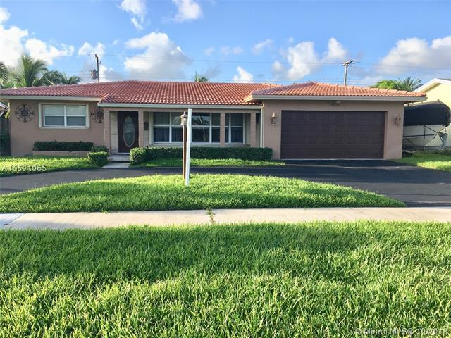 4720 Lincoln St, Hollywood, FL 33021 (MLS #A10531865) :: Green Realty Properties