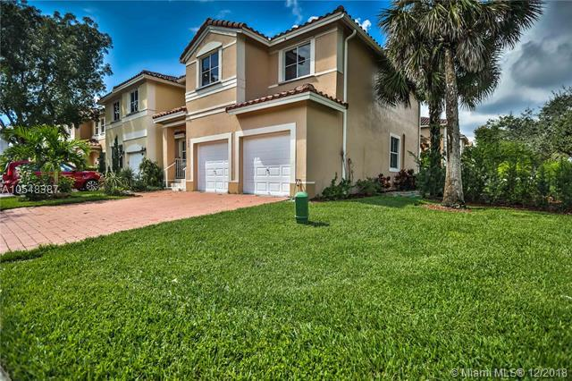 3400 SW 170th Ave, Miramar, FL 33027 (MLS #A10548387) :: The Teri Arbogast Team at Keller Williams Partners SW