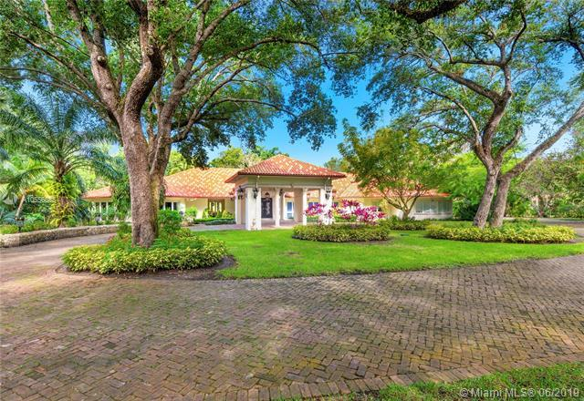 9400 Old Cutler Rd, Coral Gables, FL 33156 (MLS #A10556685) :: The Maria Murdock Group