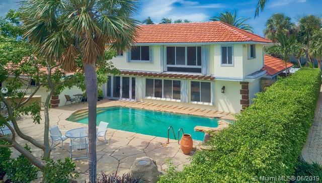 3050 NE 46th St, Fort Lauderdale, FL 33308 (MLS #A10606308) :: Grove Properties