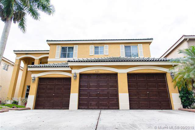 825 Sunflower Cir, Weston, FL 33327 (MLS #A10672757) :: Ray De Leon with One Sotheby's International Realty