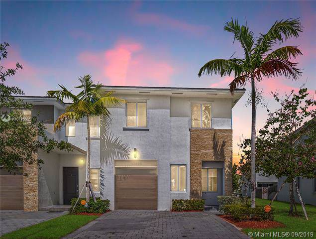 17680 SW 149th Pl #17680, Miami, FL 33187 (MLS #A10715653) :: Grove Properties