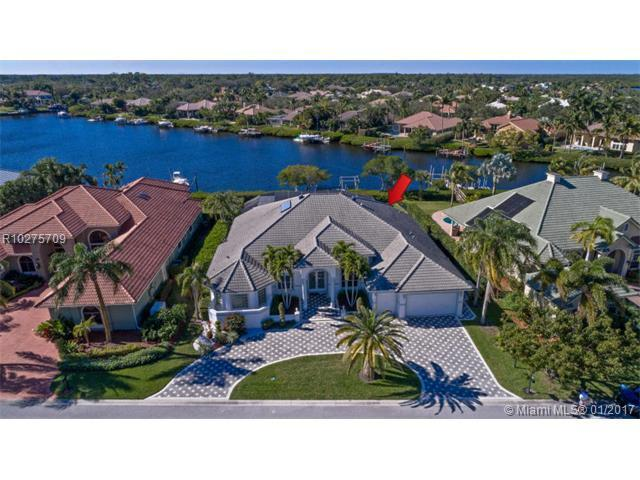 18868 SE Windward Island Lane, Jupiter, FL 33458 (MLS #R10275709) :: The Teri Arbogast Team at Keller Williams Partners SW