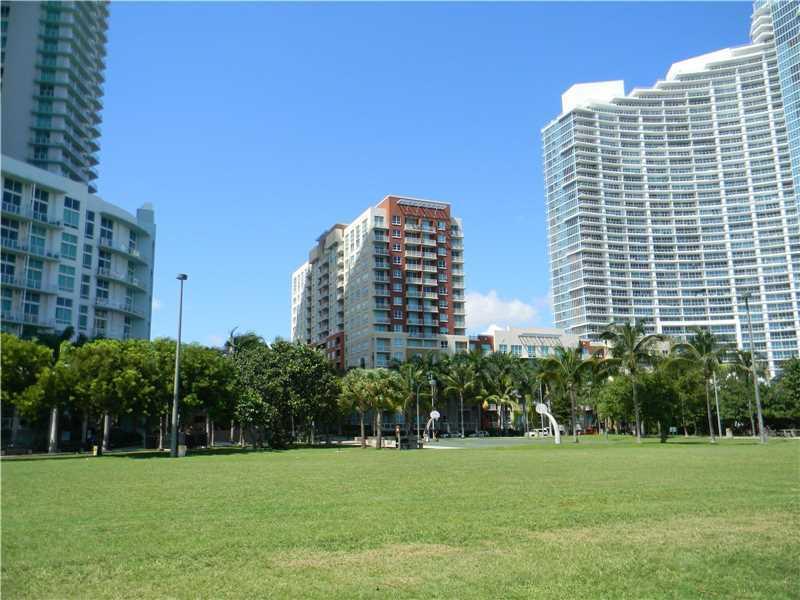 2000 N Bayshore #320, Miami, FL 33137 (MLS #A10176180) :: United Realty Group