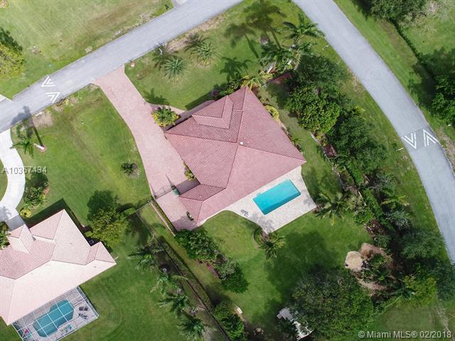 20500 SW 51st St, Pembroke Pines, FL 33332 (MLS #A10367434) :: The Teri Arbogast Team at Keller Williams Partners SW