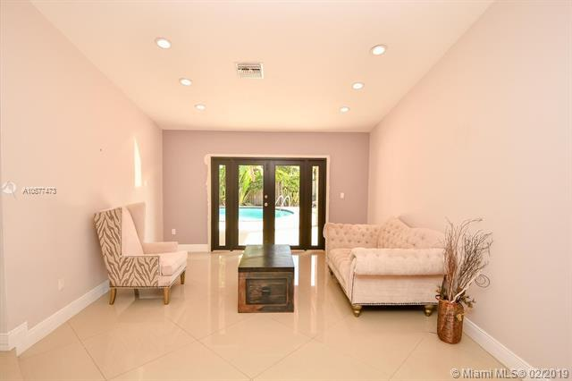 9527 SW 118th Pl, Miami, FL 33186 (MLS #A10577473) :: Prestige Realty Group