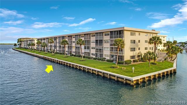 20 Yacht Club Dr #107, North Palm Beach, FL 33408 (MLS #A10659102) :: The Paiz Group